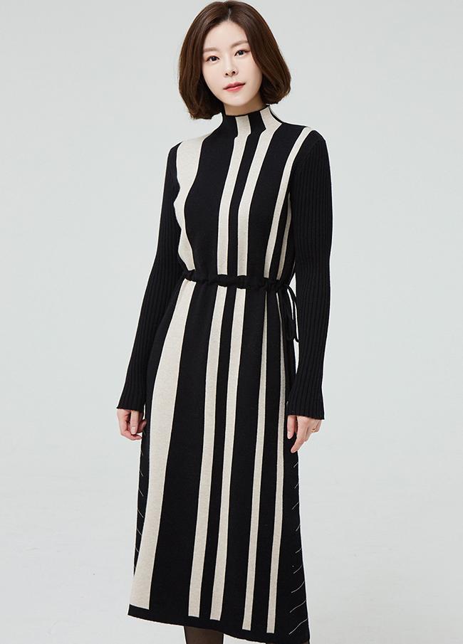 (2FOP114)串针织线关键点连衣裙