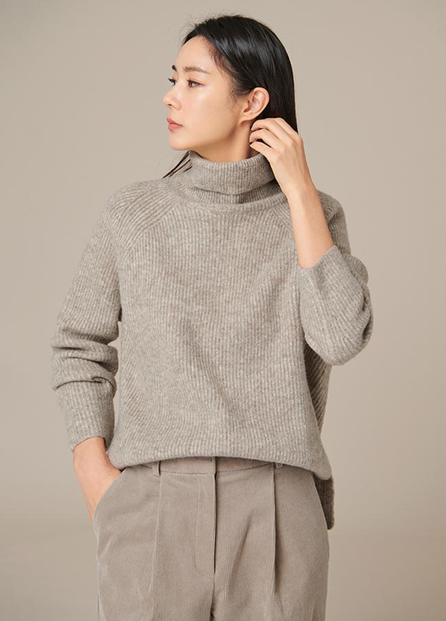 (4FNT082)毛茸茸的阴影贴身高龄针织衫